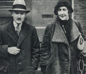 Max Mallowan et Agatha Christie dans les années '50