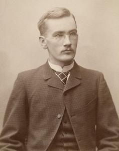 Knut Leonard Tallqvist vers 1900