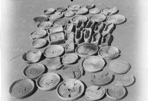 Photo d'un ensemble de moules découverts dans le palais de Mari (Margueron 20024)